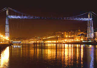 bilbao-puente_colgante_noche_330.jpg