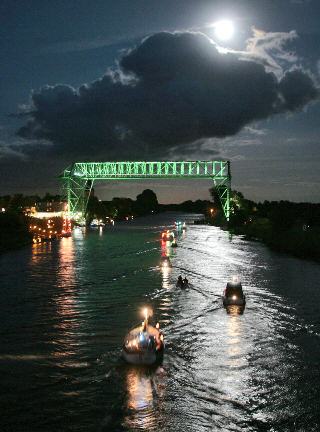 eisenbahnhochbrücke rendsburg filme